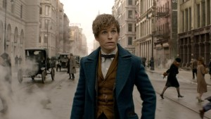 Eddie Redmayne is no doubt a great actor, but his Newt Scamander lacks charisma.